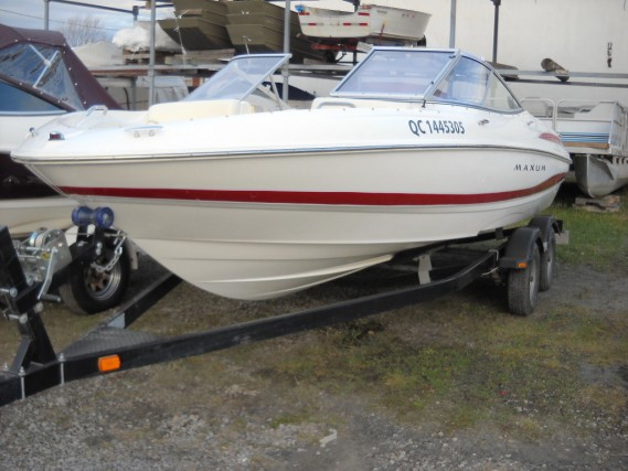 Category : Boats. Compagnie :MAXUM. MODEL 2003, 21 FT, MERCRUISER ENGINE 5.0 ...