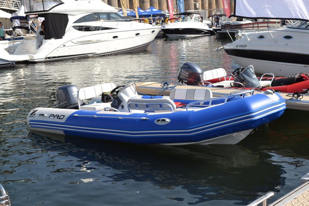 bateau a vendre bayrunner 550 zodiac. Black Bedroom Furniture Sets. Home Design Ideas